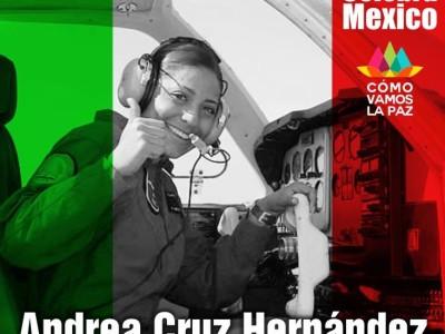 Andrea Cruz Hernández primera mujer piloto de la Fuerza Aérea Mexicana.