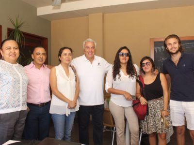 Pepe Hevia se reunió con organizaciones de la sociedad civil.