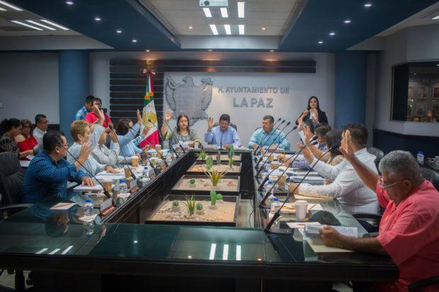 Presenta la Comisión de Hacienda, Patrimonio y Cuenta Pública el informe financiero del mes de junio