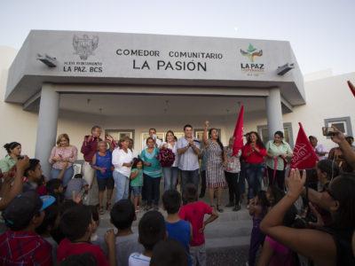 XVI Ayuntamiento de La Paz entrega Comedor Comunitario en colonia La Pasión.