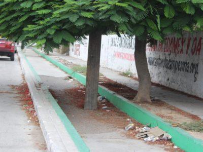 Notificación a negocios que obstruyen la ciclovía del Boulevard Forjadores