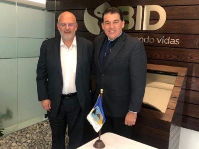 Gestiona Rubén Muñoz ante el BID, más proyectos de energía limpia para La Paz